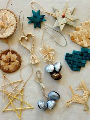 Handmade christmas decorations, Malampa handicraft Centre