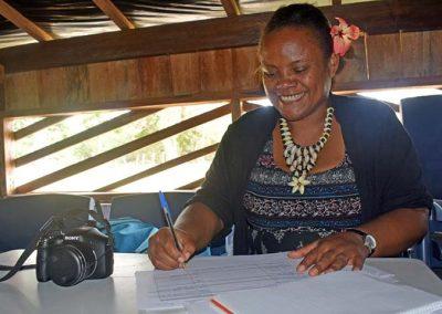 Trudy Kalotiti, handicraft local coach conducting a jewelry training on Malekula